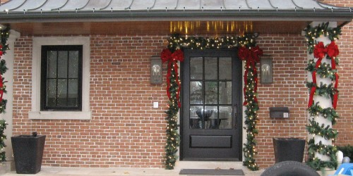 We Do Professional Christmas Decorating And Lighting For Torontou0027s Finest  And Most Festive Homes Across The GTA. If You Are Looking For A Christmas  Lights ...