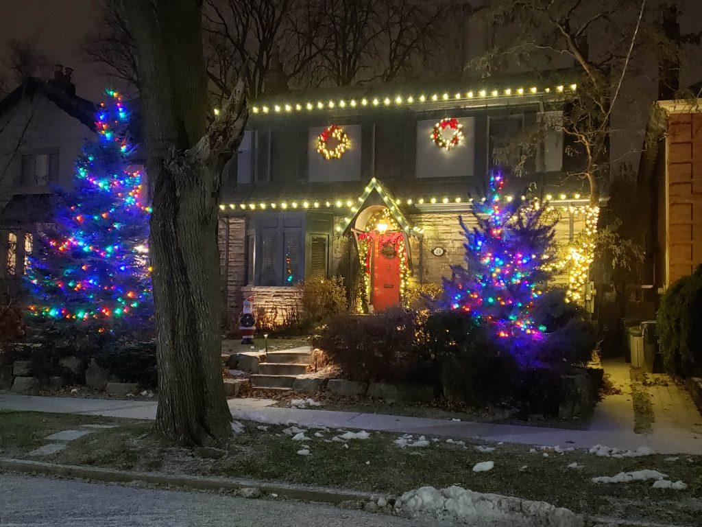 Christmas lights installation markham
